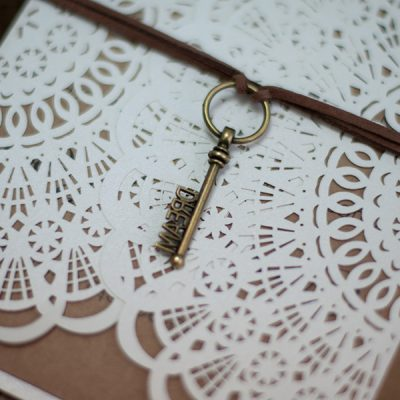 "Rustic Circles Gatefold with ""DREAM"" Embellishment"