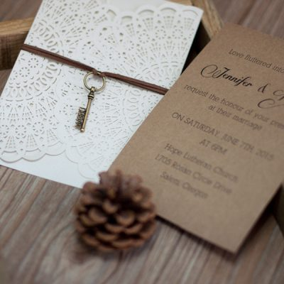 Rustic Circles Gatefold and Kraft paper insert